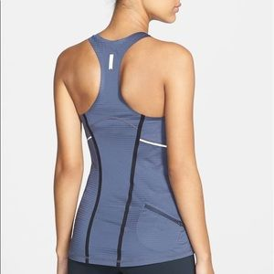 Zella Lightweight Gray Workout Tank with Pocket